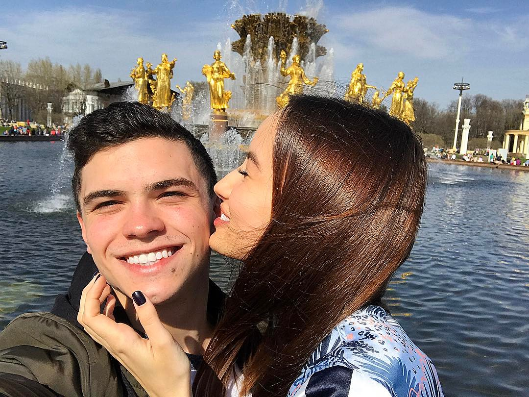 Артур Далалоян с девушкой