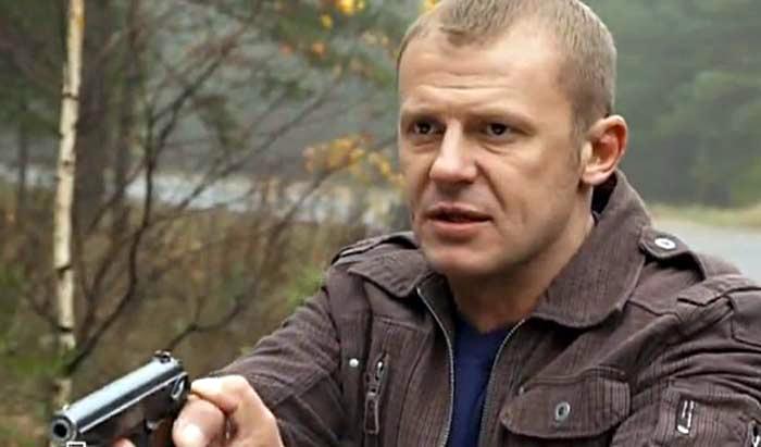 """Андрей Стоянов в сериале """"Под прицелом"""""""