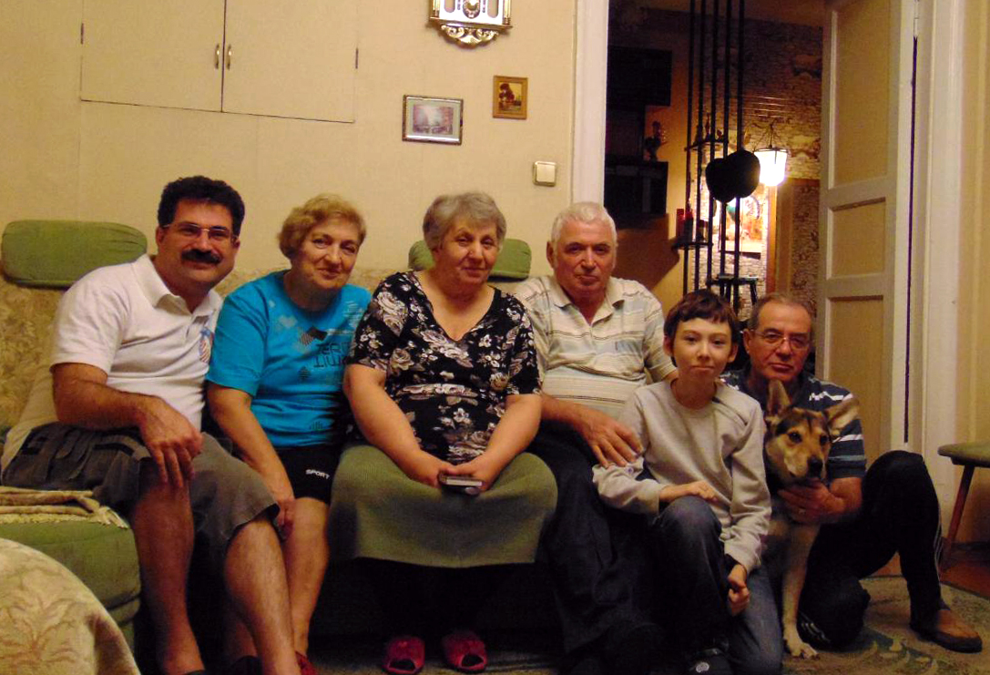 аркадий цукер с семьей