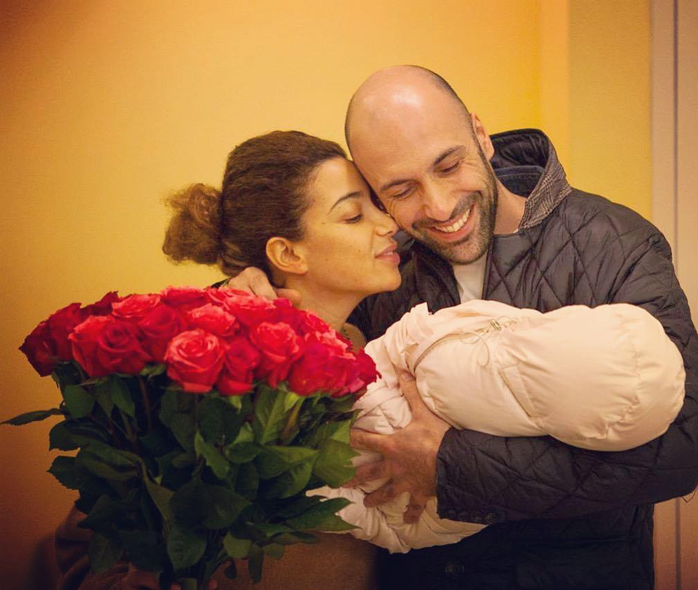 евгений папунаишвили с женой и дочкой
