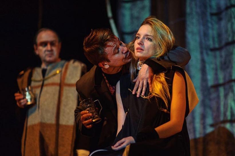 Кристина Александрова в спектакле