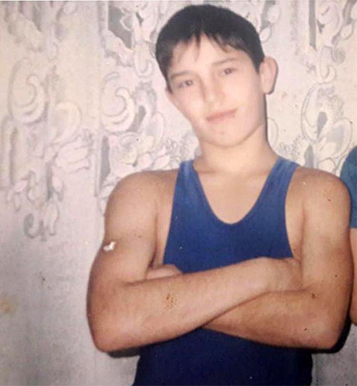 Зубайра Тухугов в 13 лет