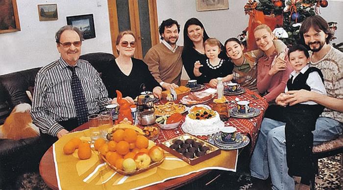 алексей яковлев с с семьей