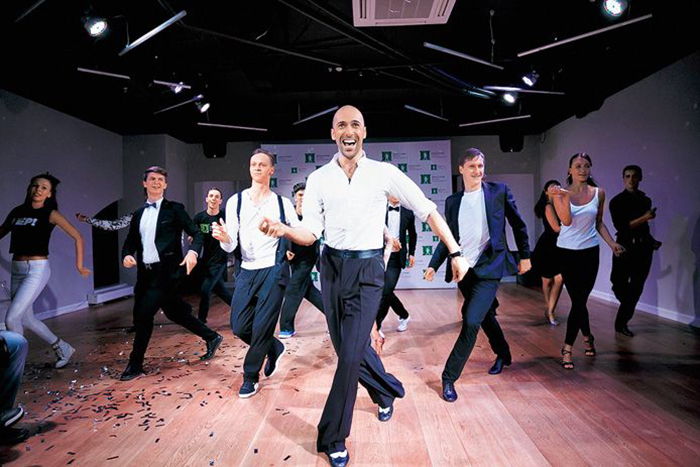Евгений Папунаишвили танцы
