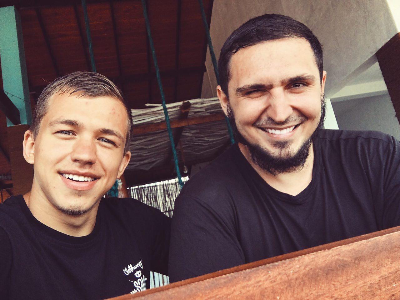 сергей романович с другом Шамиль