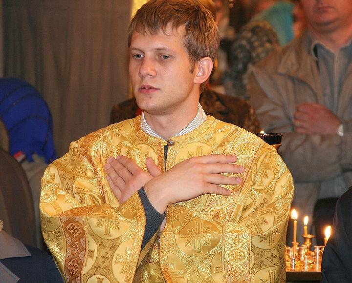 борис корчевников в церкви