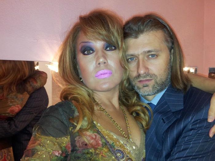 азиза мухамедова с мужем