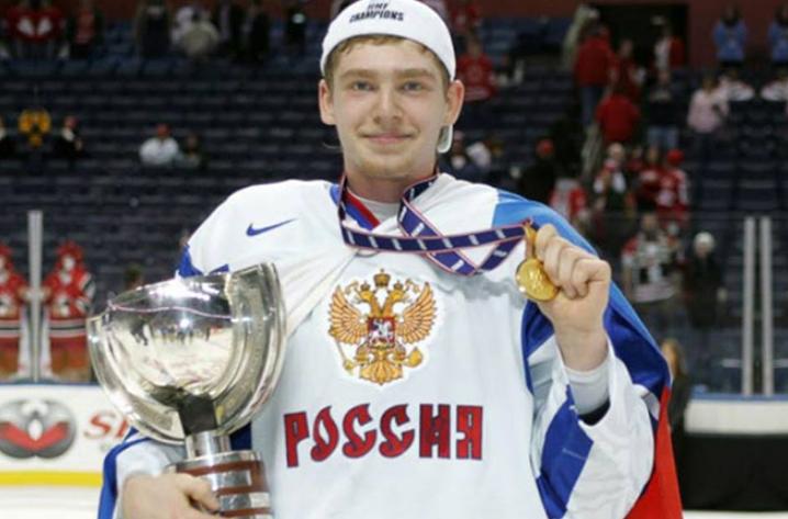 Евгений Кузнецов в юности