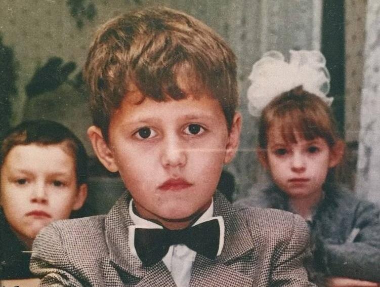 Руслан Тушенцов школьные годы