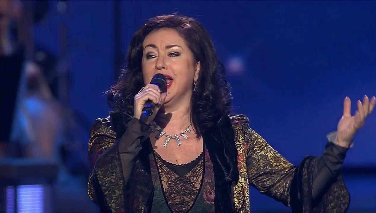 Тамара Гвердцители поет