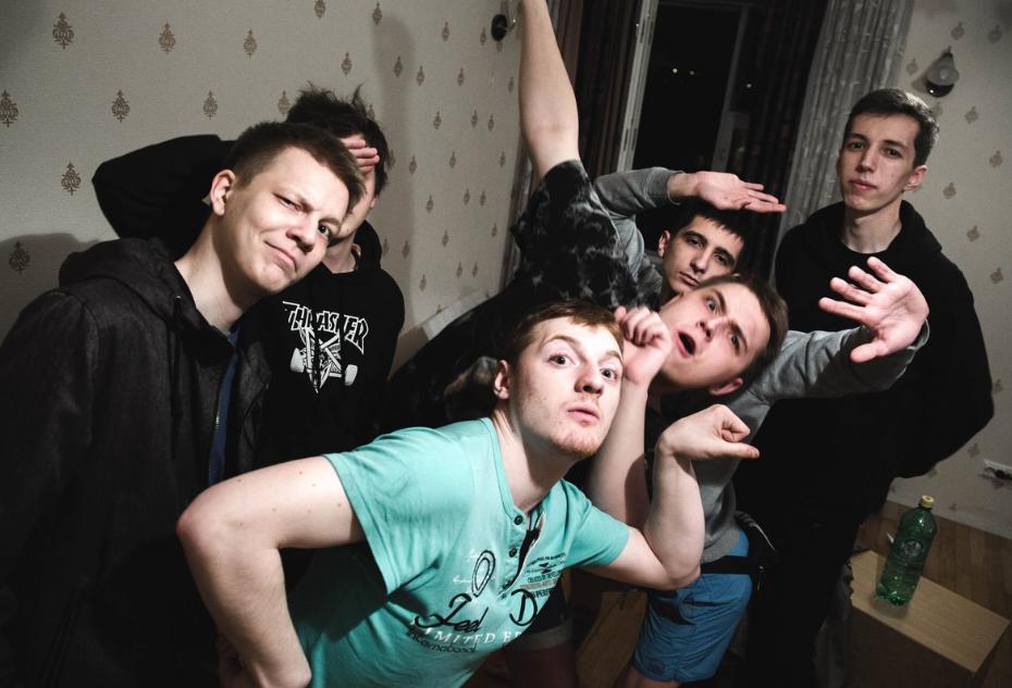 Кирилл Зырянов с друзьями