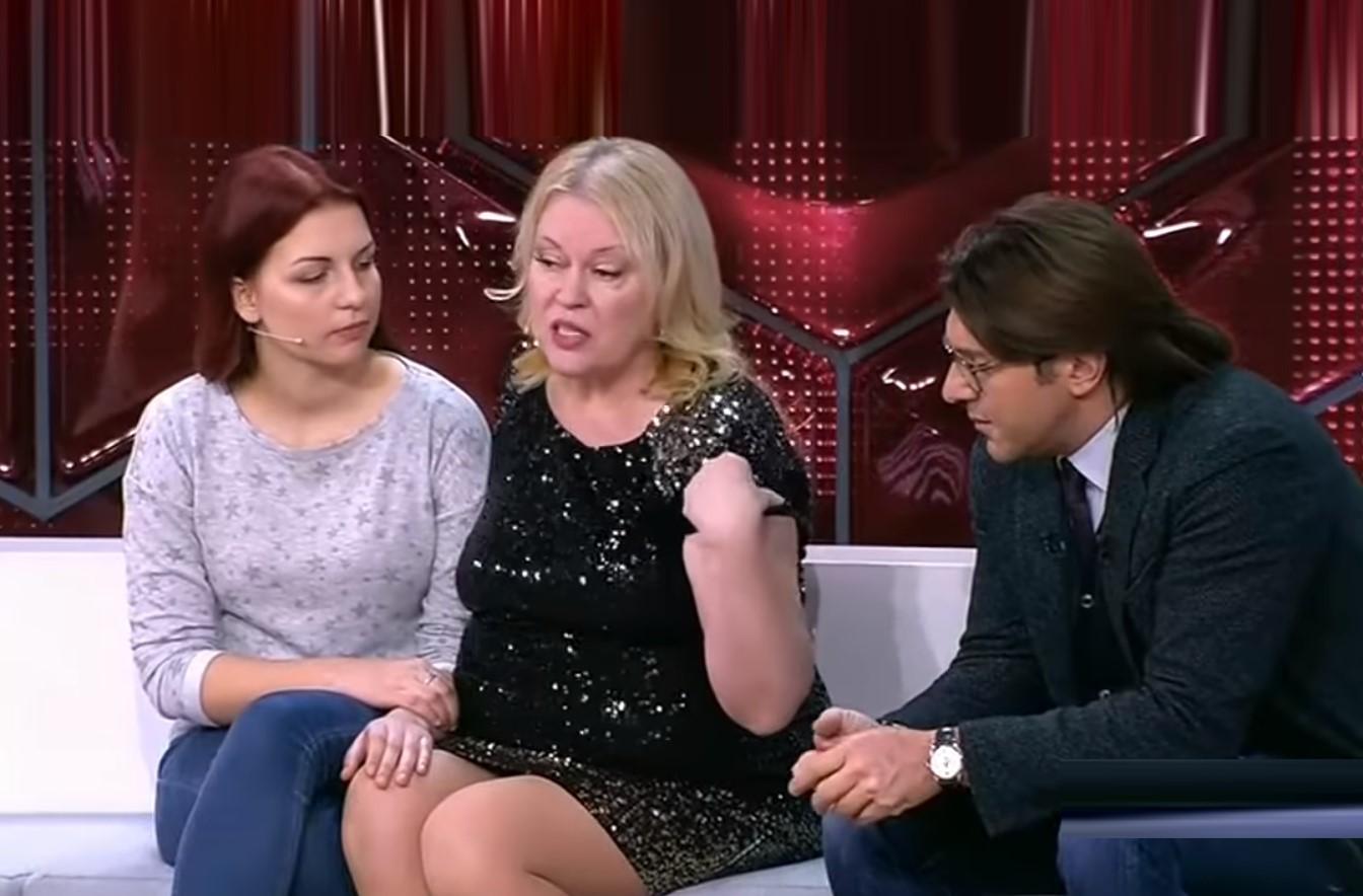 Светлана Сафиева на передаче малахова