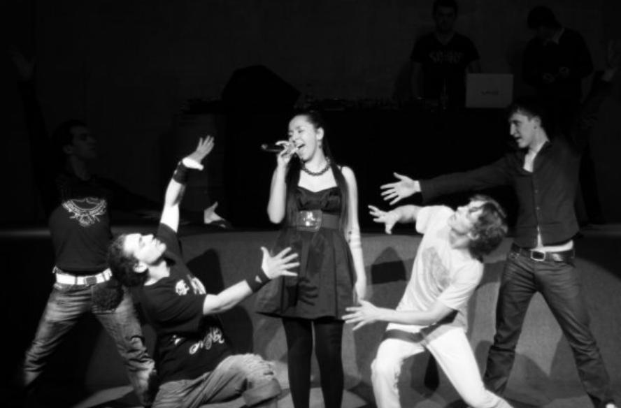певица манижа рукола