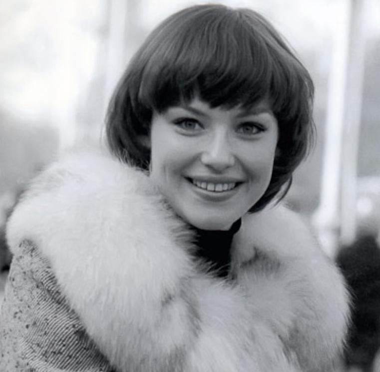 певица Ирина Понаровская в молодости