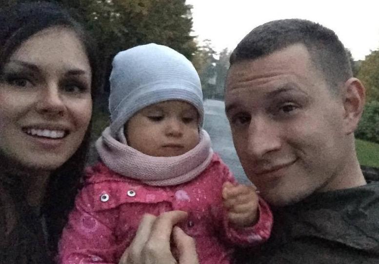 satyr с женой и дочкой