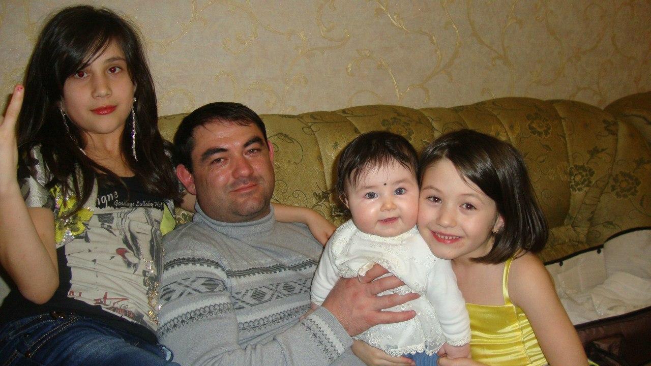 аслан кятов с дочками