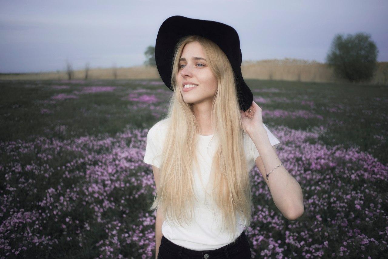 блогер Анастасия Кош