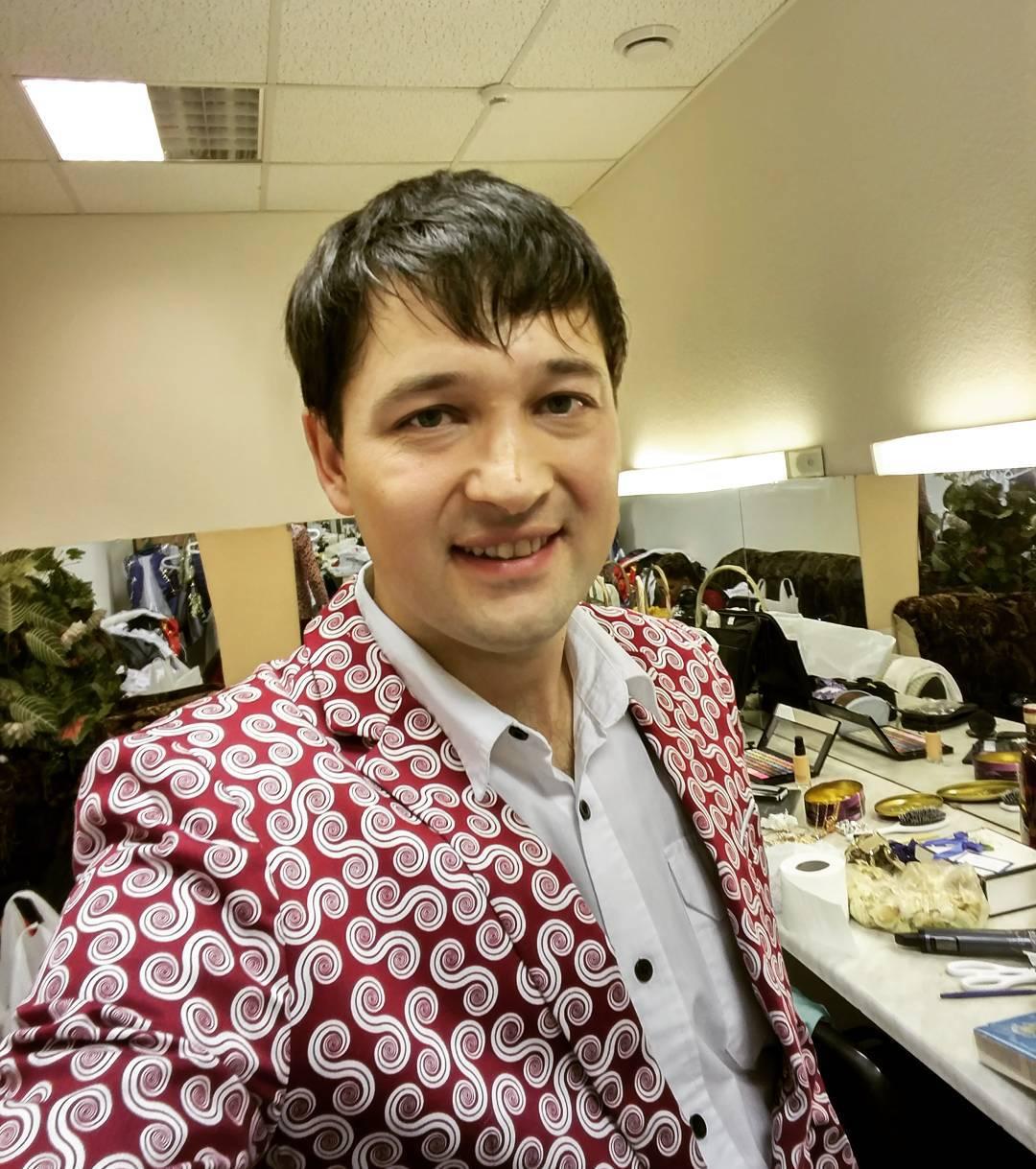 биография ильдара хакимова