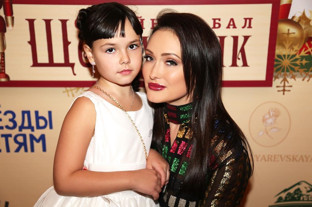 Елена Крайт с дочкой