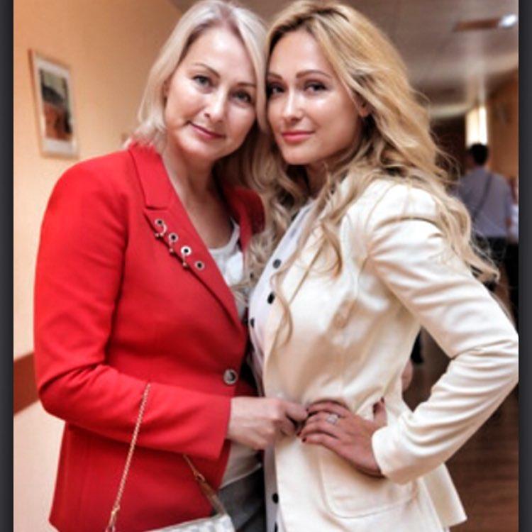 Елена Крайт и ее мать