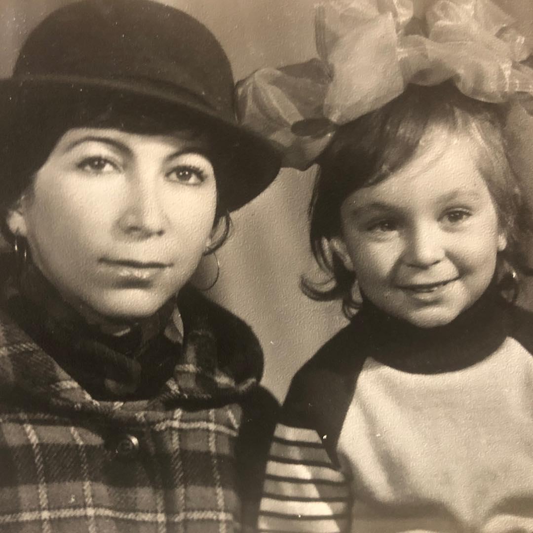 Мадина Зангиева с мамой