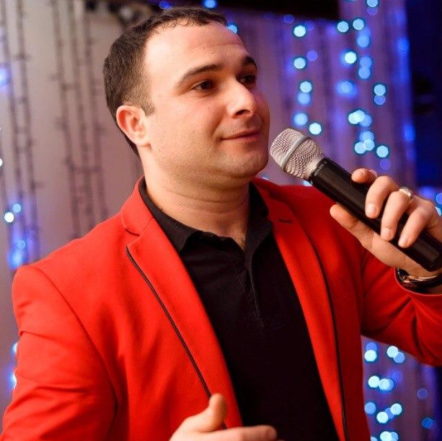 певец Артур Межлумян