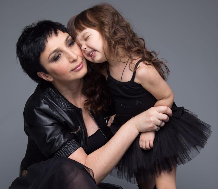 Николь Плиева с мамой