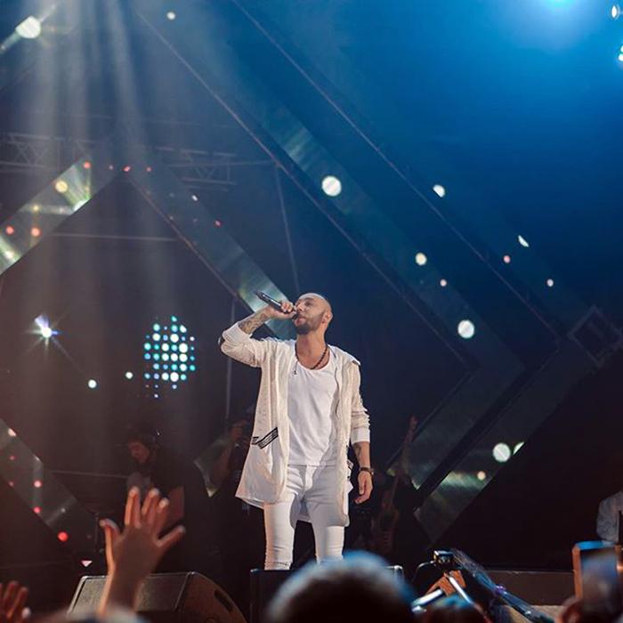 Бабек Мамедрзаев на сцене