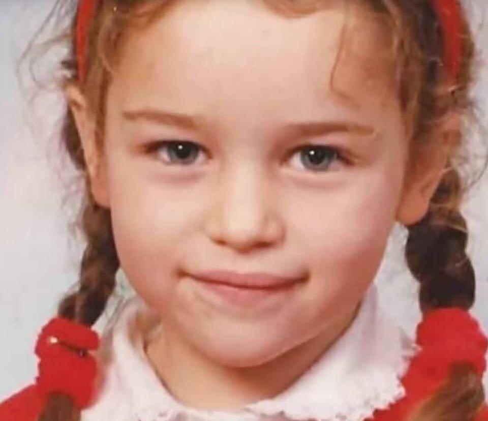 эмилия кларк детские фото