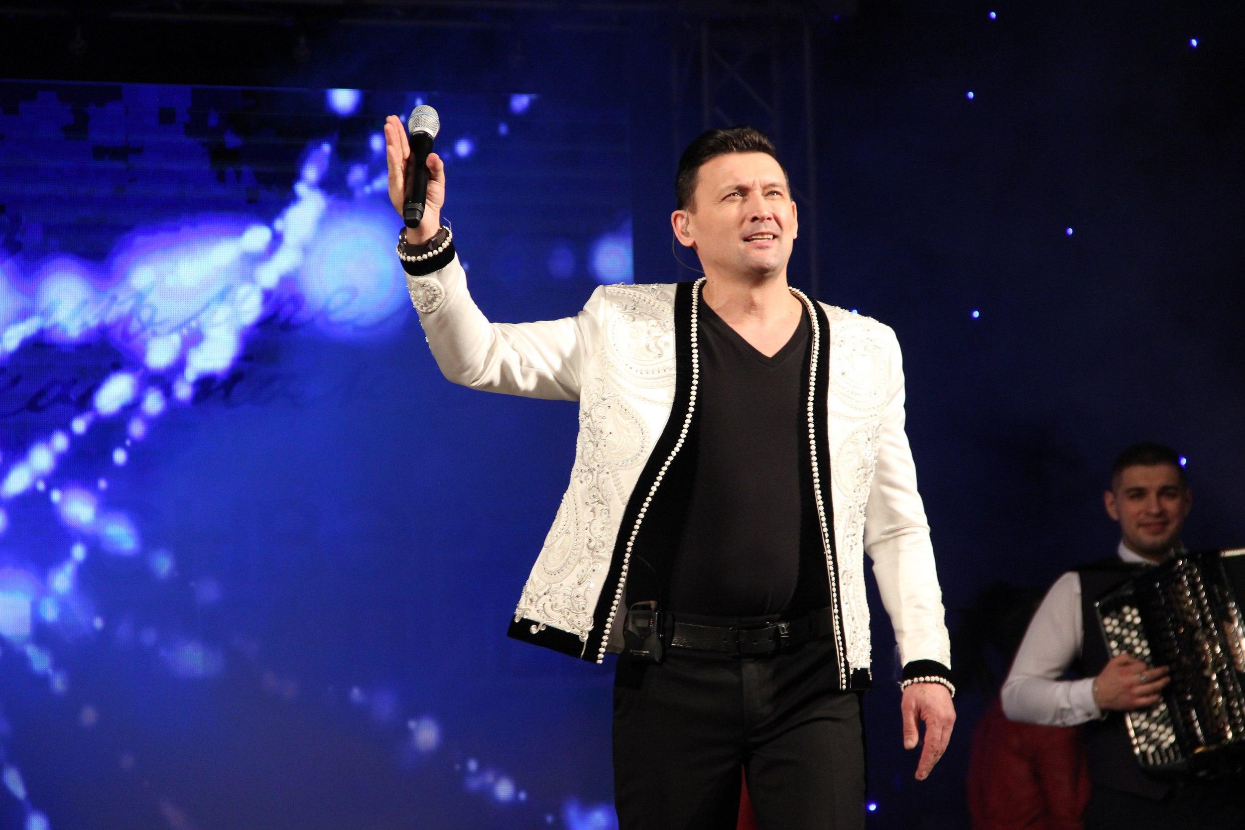 певец Анвар Нургалиев