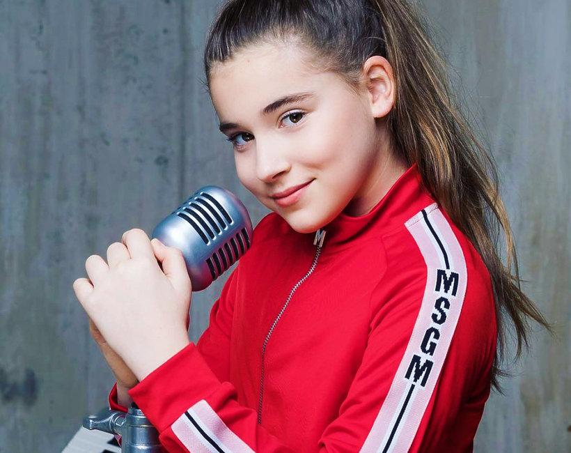певица микела абрамова
