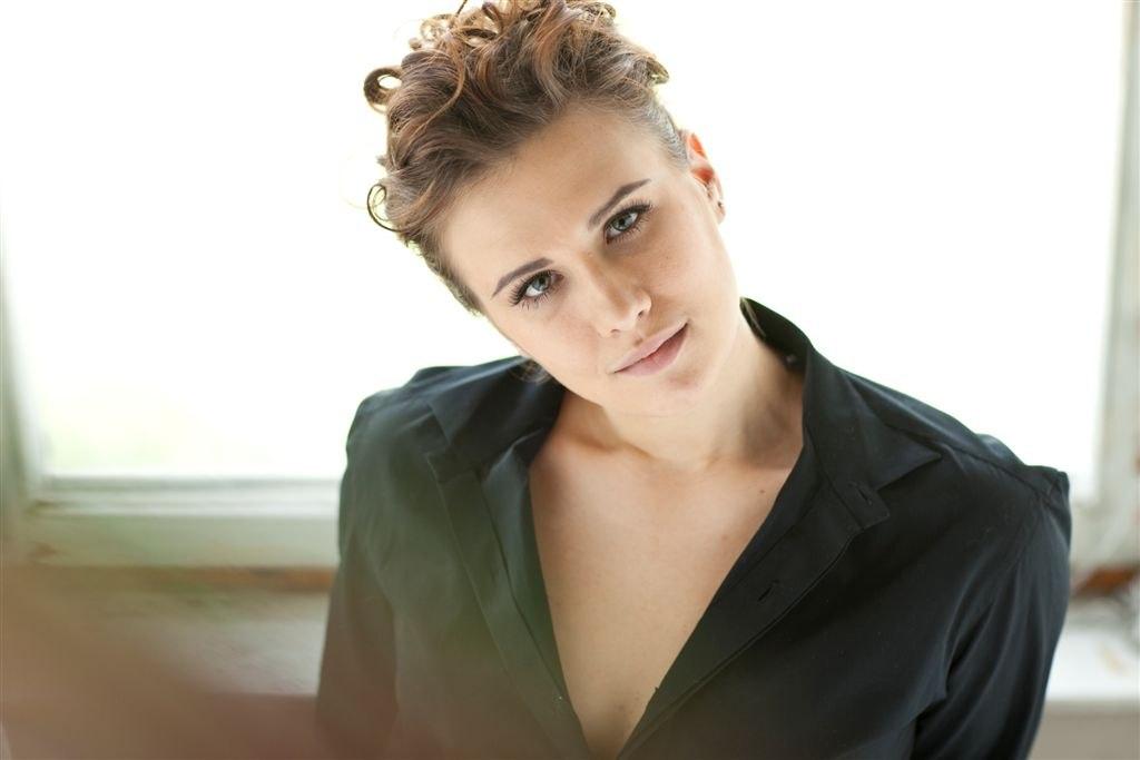 Анна Боронина в юности