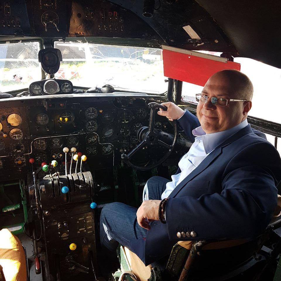 сергей гаврилов в самолете