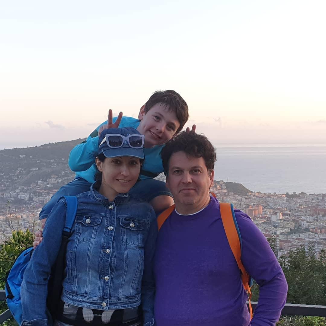 Алла рид с мужем и сыном
