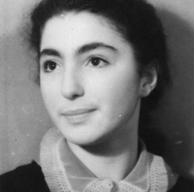 Лейла Адамян в школьные годы