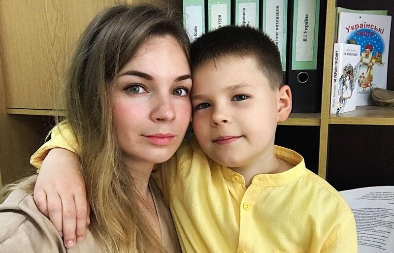 Олеся Медведева с сыном