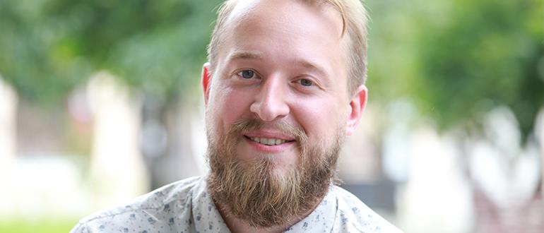 Олег Робинов
