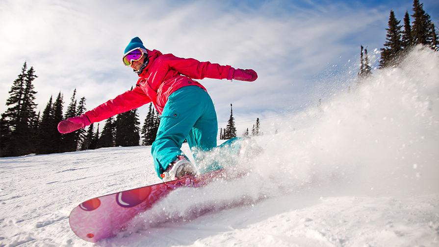 Solazola катается на сноуборде